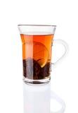 茶饮料用在玻璃杯的柠檬 免版税库存照片