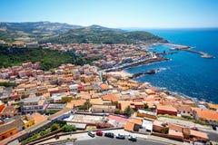 中世纪镇卡斯泰尔萨尔多,撒丁岛,意大利 免版税库存照片