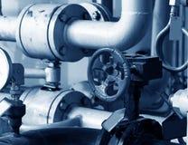 βαλβίδες σωλήνων συστημάτων θέρμανσης Στοκ εικόνα με δικαίωμα ελεύθερης χρήσης