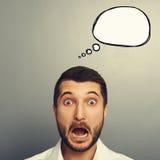 Συγκλονισμένο άτομο με την κενή λεκτική φυσαλίδα Στοκ εικόνα με δικαίωμα ελεύθερης χρήσης