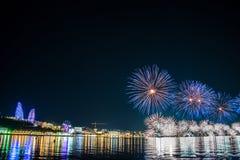 Фейерверки в Баку Азербайджане Стоковые Изображения