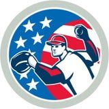 美国减速火箭棒球投手投掷的球 免版税库存照片