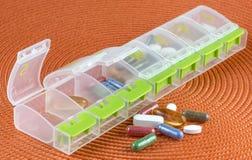 药片箱子 库存照片