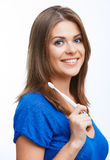 有暴牙的刷子的妇女 免版税库存图片