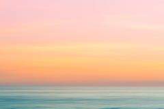 抽象日出天空和海洋自然背景 免版税图库摄影