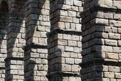 塞戈维亚,细节古老罗马桥梁  免版税库存照片
