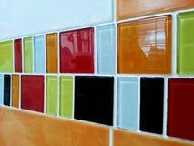 水平五颜六色的瓦片 库存照片