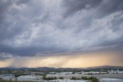 与重的阵雨的风暴 免版税库存图片