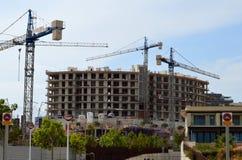 在西班牙被修造的新公寓 免版税库存照片