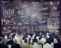 Διαφορετικοί επιχειρηματίες σε μια κατάρτιση ηγεσίας Στοκ Εικόνες
