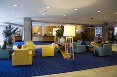 希拉顿旅馆大厅 免版税图库摄影