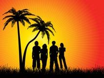 朋友下棕榈树 免版税库存照片