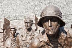 纪念碑致力华沙起义 免版税库存照片