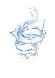 在白色背景隔绝的蓝色清楚的打旋的水飞溅 库存照片