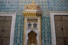 蓝色内部清真寺 免版税库存图片
