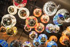 Турецкие лампы в грандиозном базаре Стоковая Фотография