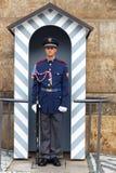 Прага Почетный караул солдата около президентского дворца Стоковое фото RF