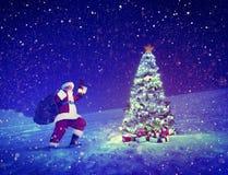 圣诞老人圣诞树礼物圣诞节概念 免版税库存照片