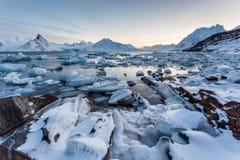 被迷惑的北极冰风景-卑尔根群岛 库存图片