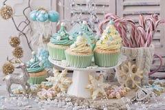 柔和的淡色彩色的甜点 库存照片