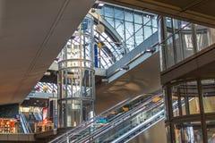 一部分的柏林中央车站火车站 免版税库存照片