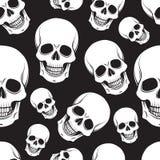 黑白头骨无缝的样式 免版税库存照片