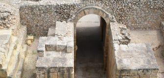 古老弧在塔拉贡纳 免版税库存照片