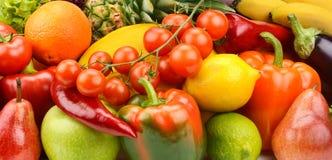 λαχανικά και σύνολο φρούτων Στοκ Φωτογραφίες