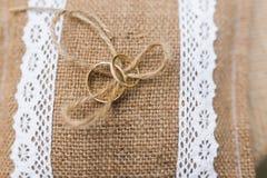 婚礼枕头 免版税库存照片