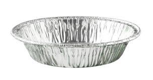 在白色背景隔绝的圆的铝芯食物盘子 免版税库存照片