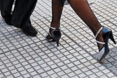 穿上鞋子探戈 免版税库存图片