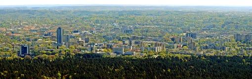 Столица города Вильнюса вида с воздуха Литвы Стоковые Изображения