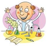 愉快的科学家和他成功的实验 免版税库存照片