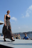 以色列时装表演在圣彼德堡 图库摄影