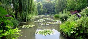 克洛德・莫奈的庭院在吉韦尔尼,法国 库存照片