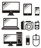 Ψηφιακές συσκευές στα μαύρα εικονίδια χρώματος καθορισμένα Στοκ εικόνες με δικαίωμα ελεύθερης χρήσης