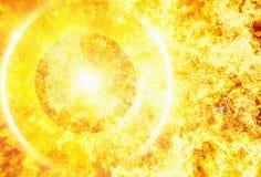 发出光线热的行星射线在火火焰背景的 免版税库存照片