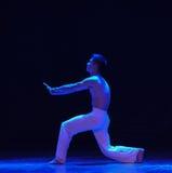 对耻辱啼声现代舞蹈的出产量 免版税库存照片