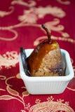 一个可口和健康点心的烤梨 免版税库存图片