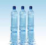 вода в бутылках Стоковые Изображения