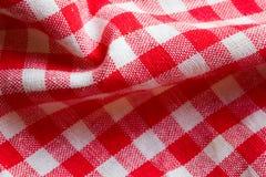 красный цвет пикника ткани крупного плана Стоковые Изображения RF