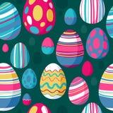 无缝的五颜六色的复活节彩蛋样式 绿色后面 库存图片