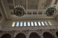 鲁塞驻地铁路大厅的顶部  库存图片