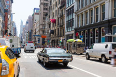 伦敦苏豪区街道交通在曼哈顿纽约美国 免版税库存图片