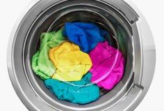 μηχανή που καλύπτονται στενή επάνω στην πλύση Στοκ εικόνα με δικαίωμα ελεύθερης χρήσης