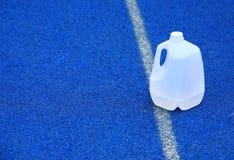 加仑塑料水 免版税库存照片