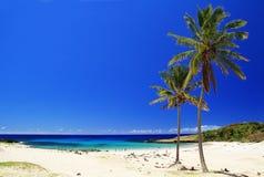 海滩在复活节岛 免版税库存照片
