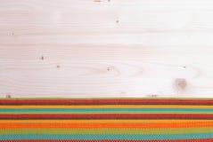 Πετσέτα το κατώτατο σημείο για την ελαφριά κορυφή πινάκων με το διάστημα για το κείμενο Στοκ φωτογραφία με δικαίωμα ελεύθερης χρήσης