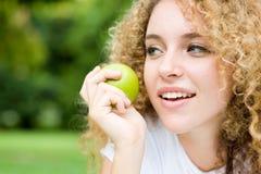 девушка яблока Стоковая Фотография RF