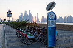 Система проката велосипедов в Дубай Стоковые Изображения RF